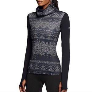 Nike    NEW Pro Hyperwarm Nordic Infinity Shirt S